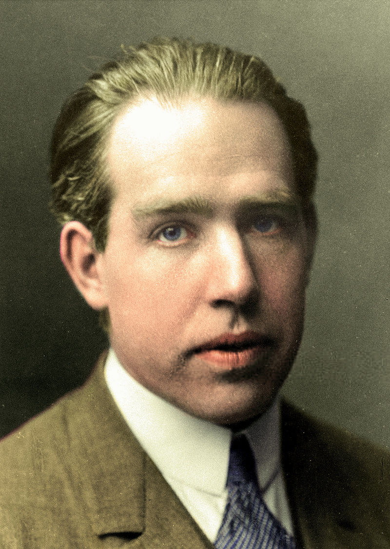 Niels%20Bohr%20(colorized)