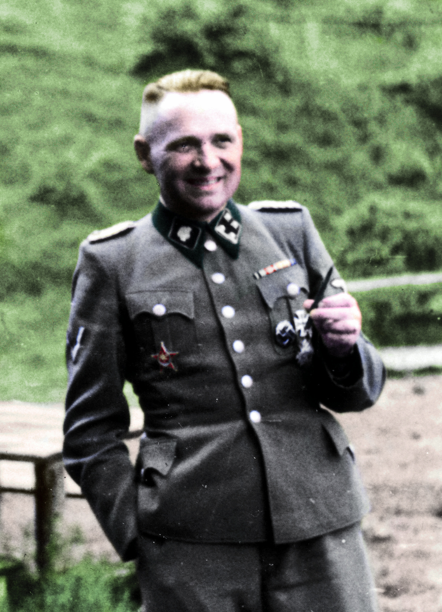 Rudolf_Hoess%20(colorized)