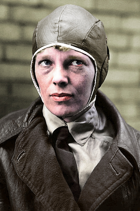 Amelia_Earhart%20%20(colorized)